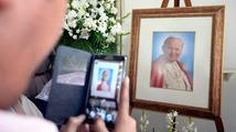 Kapku krve Jana Pavla II. uložili na Svatém kopečku