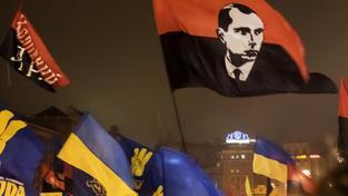 Pochod stoupenců Bandery na výročí jeho narození