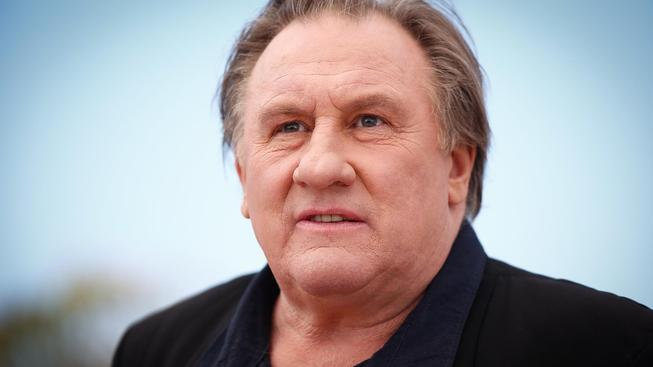 Depardieu patří mezi výrazné a excentrické herce, kteří rádi veřejnost šokují