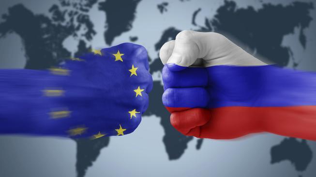 Ilustrační snímek: Vztahy mezi EU a Ruskem se díky seznamu nežádoucích osob znovu ochlazují.