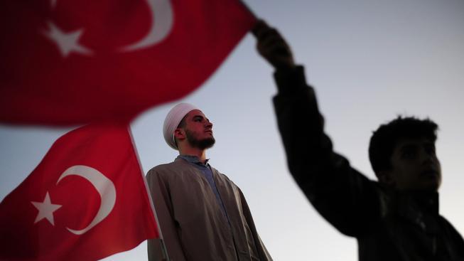 V Turecku vrcholí předvolební kampaň