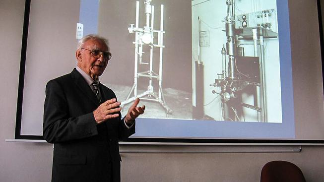 Armin Delong, zakladatel elektronové mikroskopie v Československu