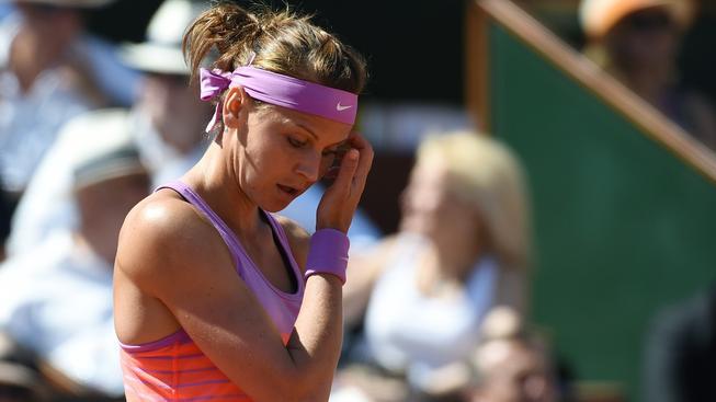 Lucie Šafářová podlehla ve finále French open Sereně Williamsové