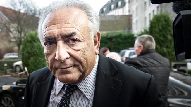 Dominique Strauss-Kahn odešel od francouzského soudu bez trestu