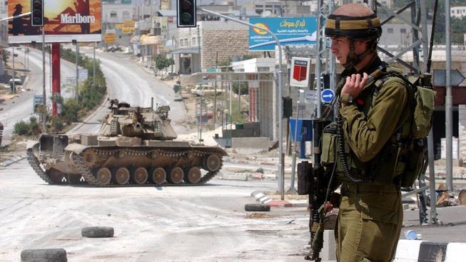 Izraelská vojáci prý nejsou zodpovědní za smrt dětí, které zahynuly při bombardování. Ilustrační foto