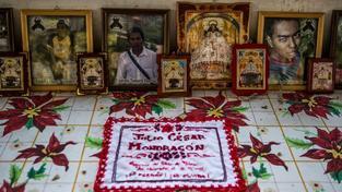 Portréty některých z více než čtyř desítek unesených studentů