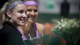 Bethanie Matteková-Sandsová a Lucie Šafářová