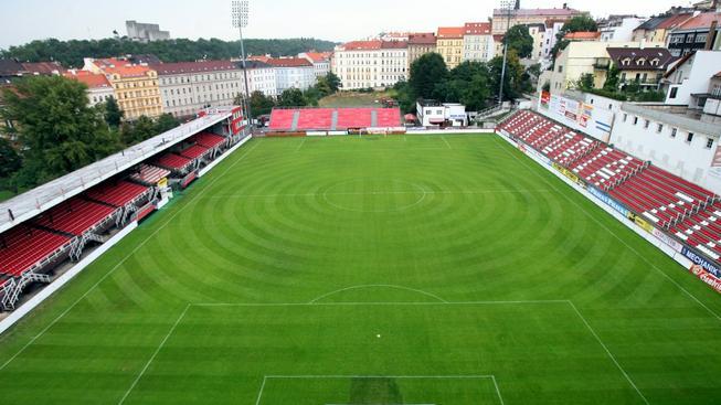 Jaká soutěž se bude na tomto stadionu hrát příští sezonu?