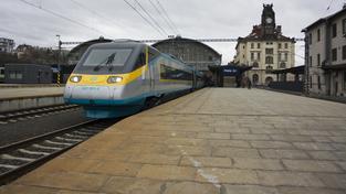 České dráhy dosud investovaly do vlaků v regionech, teď jim na nová vozidla přispěje stát. Ilustrační foto
