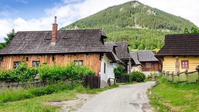 Většina obyvatel slovenských vesnic utekla za lepší prací do ciziny. Ilustrační foto