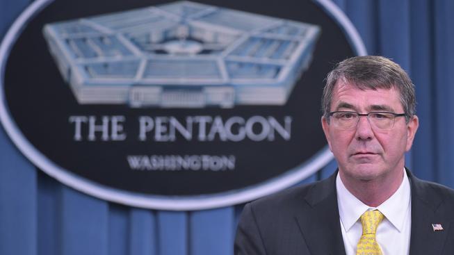 Šéf Pentagonu Ashton Carter pochybuje, že Rusko změní svou politiku