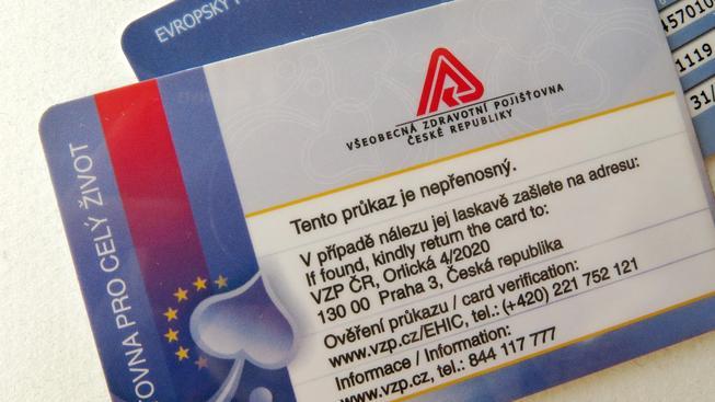 Nové průkazy od zdravotní pojišťovny přijdou pojištěnci poštou. Ilustrační foto