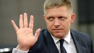 U kvótách by mohlo Slovensko rozhodnout v referendu, jak v úterý řekl poslancům premiér Fico