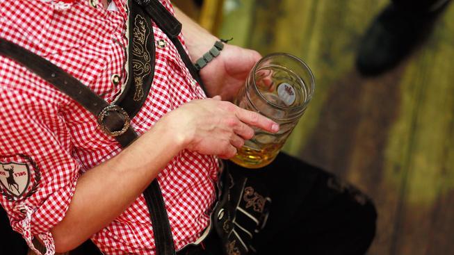 Na nedostatek práce během Oktoberfestu si ale Němci nejspíš nestěžují. Ilustrační snímek