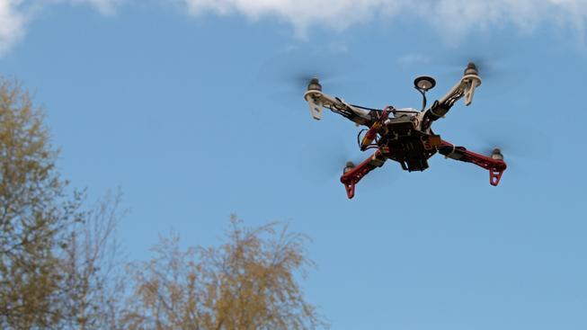 Drony mají do Polska přinést potratové pilulky. Ilustrační foto