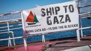 Loď aktivistů před vyplutím z Malmö