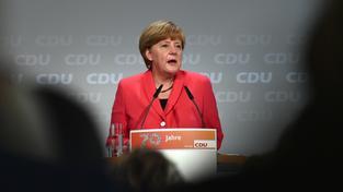 Merkelová varuje před krachem unie