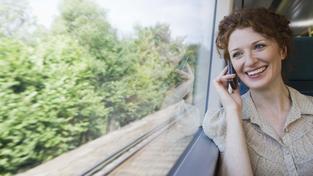 Poplatky za volání do zahraničí by se měly postupně snižovat. Ilustrační foto