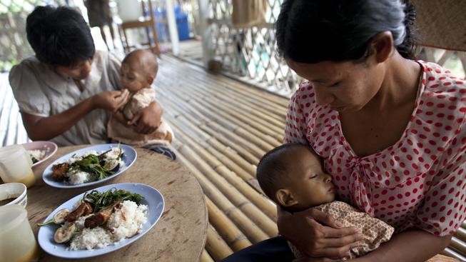 Každý rok na světě otěhotní zhruba 1,4 milionu žen nakažených virem HIV