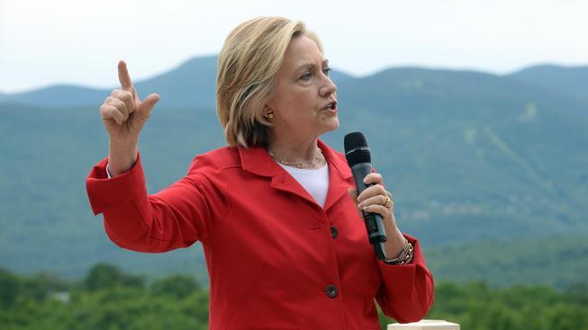 Podle Hillary Clintonové musí být USA při jednání s Vladimirem Putinem chytřejší