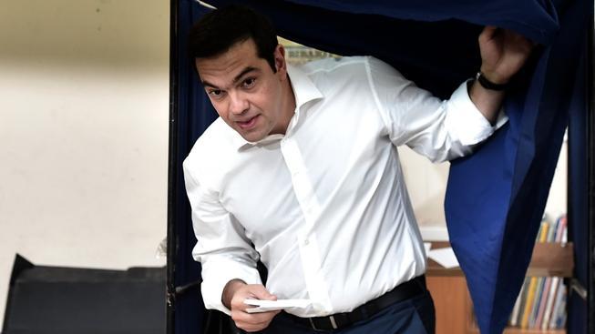 """Poslechli voliči řeckého premiéra Alexise Tsiprase a hlasovali """"ne""""?"""