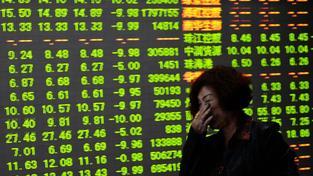 Propad čínských akcií může předznamenávat příchod recese