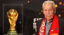 S legendou českého fotbalu se loučilo přes tisíc lidí