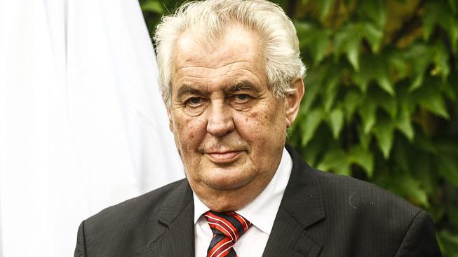 Prezident Miloš Zeman chce vidět Česko v eurozóně i přes problémy, kterými teď prochází