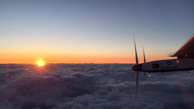 Letounu Solar Impulse se během cesty z Japonska na Havaj rozbily baterky