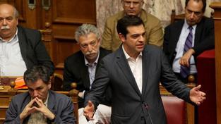 Premiéru Tsiprasovi se nedaří přesvědčit členy strany SYRIZA o důležitosti reforem