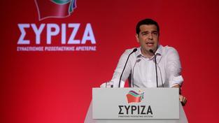 Řecký premiér Tsipras přesvědčuje své spolustraníky o důležitosti dohody