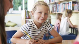 Za státní pojištěnce, tedy děti, studenty či důchodce, platí stát jen 845 korun měsíčně. Podle lékařských odborů je to příliš málo (ilustrační snímek)
