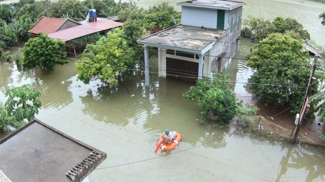 Monzunové deště způsobily katastrofické záplavy i ve Vietnamu