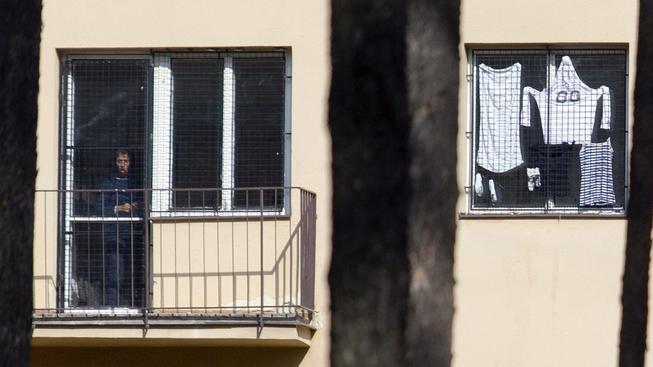 Uprchlíci mají prý v zařízení v Bělé horší podmínky než slepice ve velkochovu