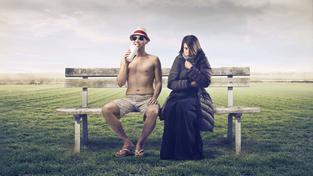 Klimatizace není příliš vlídná k ženám, které mají optimální teplotu o tři stupně vyšší než muži (ilustrační snímek)