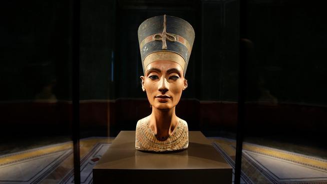 Královna Nefertiti je považovaná za jednu z nejkrásnějších žen historie. Nalezení její hrobky by tak byl objev nevyčíslitelné hodnoty