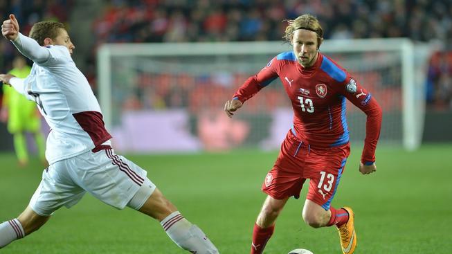 Jaroslav Plašil v domácím kvalifikačním utkání s Lotyšskem (1:1)