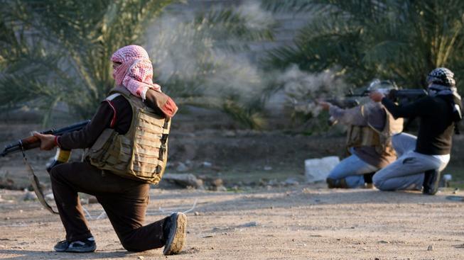 Bojovníci z organizace IS prý nasadili chemické zbraně v bojích s Kurdy. Ilustrační foto