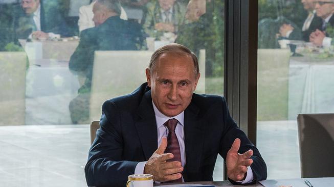Prezident Putin na Krymu zahajoval poradu o rozvoji turistiky