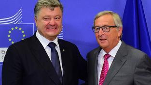 Juncker se dohodl s Porošenkem na dalších miliardách eur, výměnou za reformy