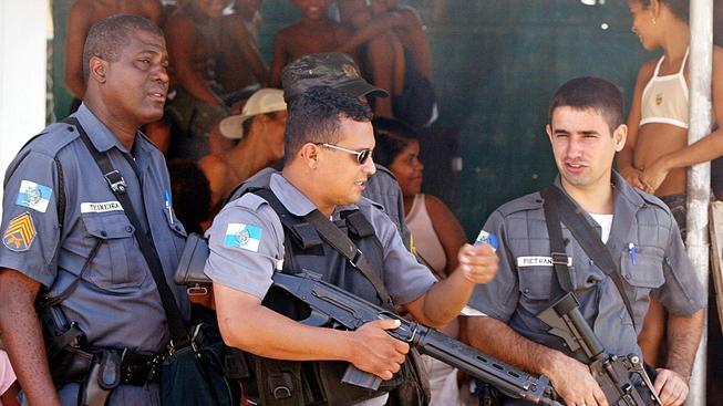 Brazilská policie provedla razii proti organizované síti prodejců drog. Ilustrační foto