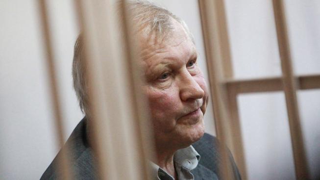 Bývalý poslanec Michail Gluščenko dostal u petrohradského soudu 15 let