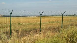 Rusko staví ploty na hranicích s Ukrajinou