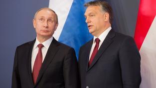 Vladimír Putin a Viktor Orbán jsou asi nejviditelnějšími představiteli autoritářských vůdců