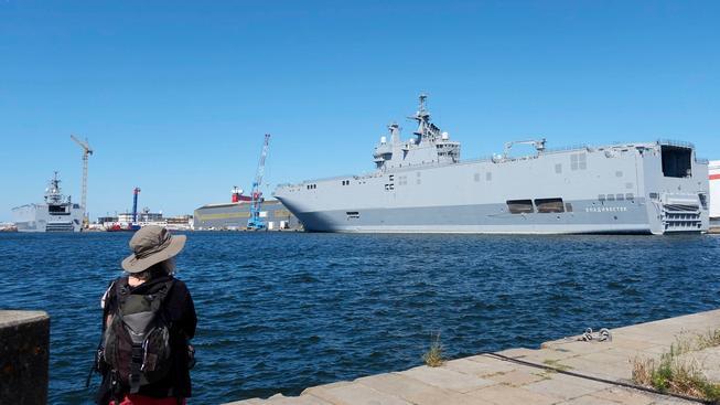 O vrtulníkové lodě Mistral je velký zájem