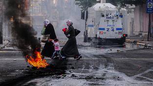 Po období relativního klidu se jihovýchod Turecka opět noří do násilného pekla