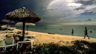 Kubánské pláže prý letos navštíví přes milión místních
