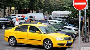 Taxíky by mohly v Praze jezdit za 32 korun za kilometr (ilustrační snímek)