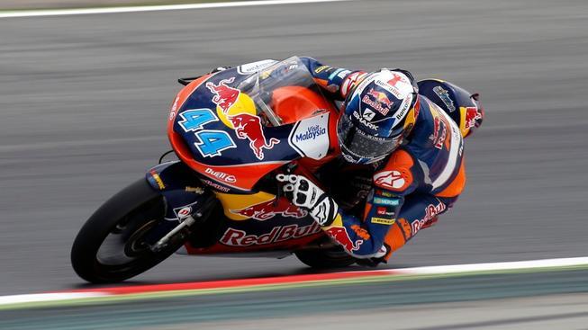 Dramatický závod kategorie Moto3 vyhrál Miguel Oliveira