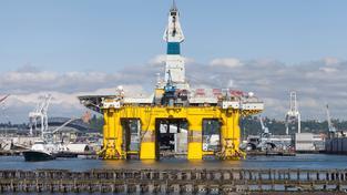 Ponorná vrtná jednotka Shell, která byla použita při průzkumu na Aljašce